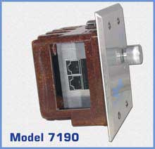 7190 Double Gang Wallbox RJ45 Switch - Sideview